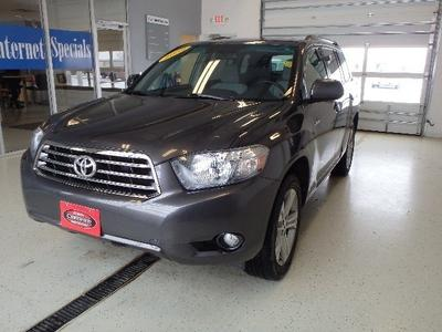 2009 Toyota Highlander SUV for sale in Watertown for $26,600 with 48,781 miles.