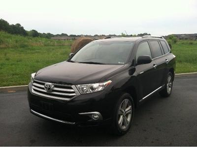 2012 Toyota Highlander Base SUV for sale in Terre Haute for $32,915 with 30,909 miles.
