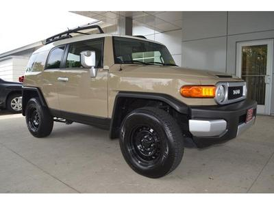 2013 Toyota FJ Cruiser Base SUV for sale in West Roxbury for $30,400 with 12,475 miles.