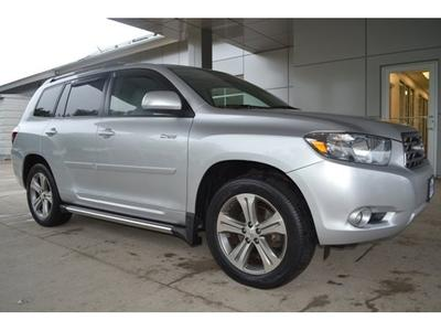 2009 Toyota Highlander SUV for sale in West Roxbury for $21,500 with 55,990 miles.