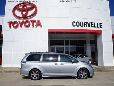2011 Toyota Sienna Base Minivan for sale in Opelousas for $27,600 with 53,973 miles.