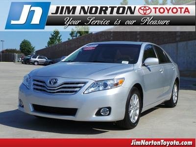 2010 Toyota Camry XLE Sedan for sale in Tulsa for $17,992 with 33,956 miles.