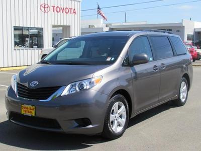 2014 Toyota Sienna Minivan for sale in Coos Bay for $29,987 with 16,108 miles.