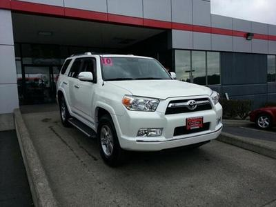 2010 Toyota 4Runner SR5 SUV for sale in Vancouver for $31,992 with 33,438 miles.