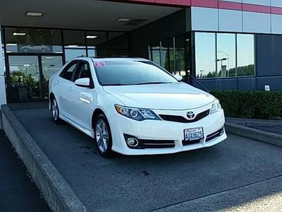 2014 Toyota Camry Sedan for sale in Vancouver for $22,992 with 9,531 miles.