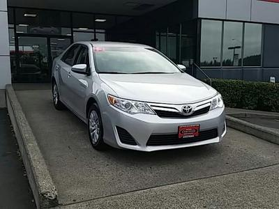 2013 Toyota Camry Sedan for sale in Vancouver for $18,691 with 37,820 miles.