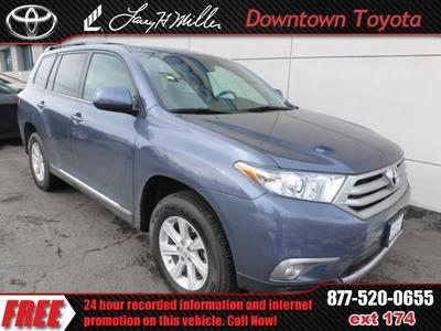 Used Toyota Highlander for $30,998