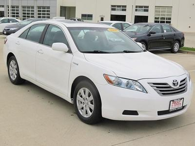 2009 Toyota Camry Hybrid Sedan for sale in Crystal Lake for $14,989 with 83,751 miles.