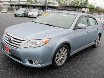 2011 Toyota Avalon Limited Sedan for sale in Staunton for $24,990 with 32,951 miles.