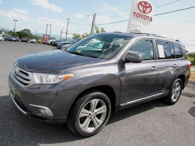 2011 Toyota Highlander Base SUV for sale in Staunton for $32,990 with 30,090 miles.