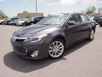 2013 Toyota Avalon Sedan for sale in Martinsburg for $32,788 with 7,117 miles.