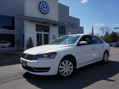 2013 Volkswagen Passat Sedan for sale in Edison for $17,500 with 32,931 miles.
