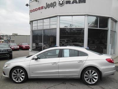2012 Volkswagen CC Sedan for sale in Steubenville for $22,998 with 33,436 miles.
