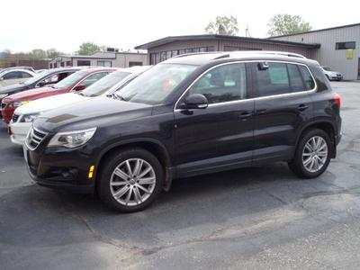 2009 Volkswagen Tiguan SE SUV for sale in La Crosse for $21,980 with 50,626 miles.