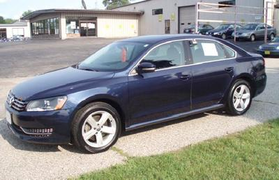 2013 Volkswagen Passat Sedan for sale in La Crosse for $23,480 with 30,653 miles.
