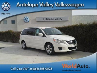 2011 Volkswagen Routan SE Minivan for sale in Palmdale for $19,934 with 32,187 miles.