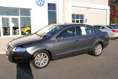 2010 Volkswagen Passat Komfort Sedan for sale in Manchester for $16,999 with 43,912 miles.