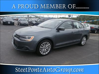 2011 Volkswagen Jetta SEL Sedan for sale in Yorkville for $18,995 with 50,465 miles.