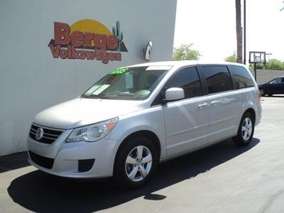 2010 Volkswagen Routan SE Minivan for sale in Gilbert for $16,895 with 64,343 miles.