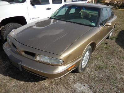 1998 Oldsmobile Eighty-Eight LS Sedan for sale in Brady for $3,950 with 107,458 miles.