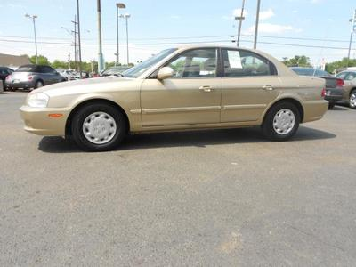 2001 Kia Optima SE Sedan for sale in Oklahoma City for $4,995 with 138,000 miles.