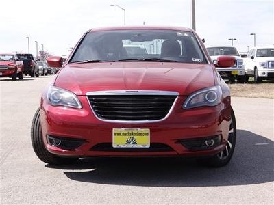 2013 Chrysler 200 Limited Sedan for sale in Georgetown for $27,815 with 25 miles.