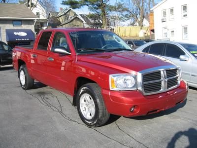 2007 Dodge Dakota SLT Crew Cab Pickup for sale in MIDDLETOWN for $15,495 with 107,099 miles.