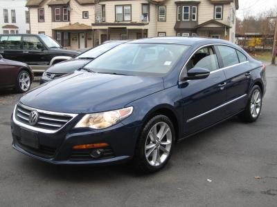 2009 Volkswagen CC Luxury Sedan for sale in MIDDLETOWN for $22,495 with 57,717 miles.