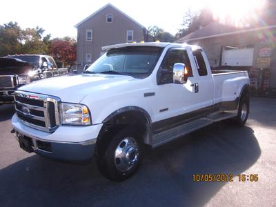 2005 Ford F350 Lariat SuperCab Super Duty DRW Extended Cab Pickup for sale in MIDDLETOWN for $28,495 with 53,360 miles.