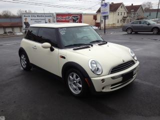 2006 MINI Cooper Hatchback for sale in MIDDLETOWN for $12,995 with 70,671 miles.