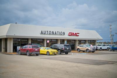 AutoNation GMC Mendenhall Image 3