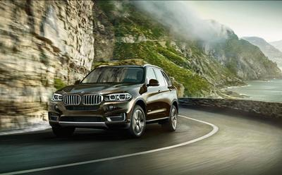 Luther park place bmw in rochester including address for Park place motor cars rochester mn