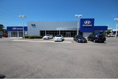 Hall Hyundai Western Branch Image 1