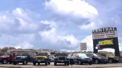 Central Chrysler Jeep Dodge of Norwood Image 5