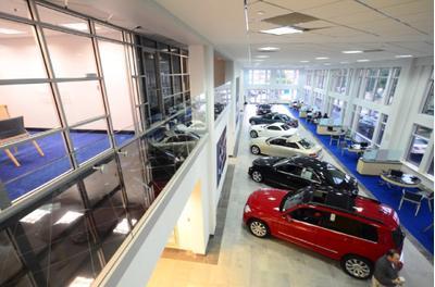 Mercedes benz of tysons corner vienna va 22182 car autos for Mercedes benz of tysons corner staff