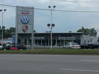Lujack Luxury Motors Image 1