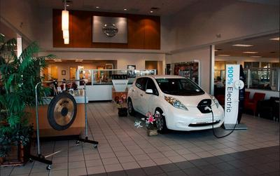 ABC Nissan in Phoenix including address, phone, dealer reviews ...