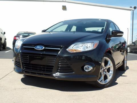 2012 Ford Focus SEL Sedan for sale in Chattanooga for $16,850 with 25,718 miles