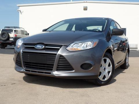 2013 Ford Focus S Sedan for sale in Chattanooga for $12,525 with 46,640 miles