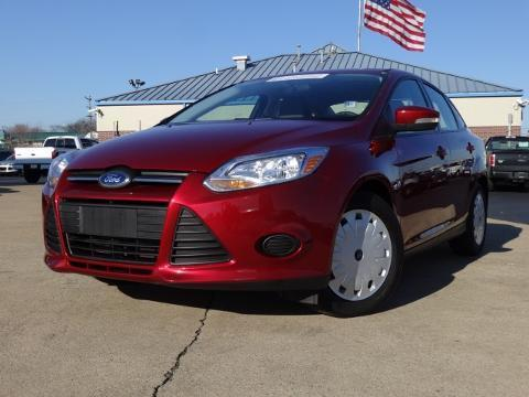2013 Ford Focus SE Sedan for sale in Chattanooga for $14,000 with 36,843 miles.