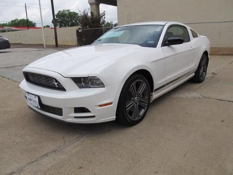 2013 Ford Mustang V6 Premium Coupe for sale in Nacogdoches for $25,795 with 5,845 miles