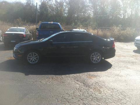 2012 Ford Fusion SEL Sedan for sale in Muscle Shoals for $15,994 with 30,000 miles.