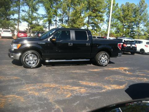 2012 Ford F150 XLT Crew Cab Pickup for sale in Muscle Shoals for $25,977 with 39,332 miles.