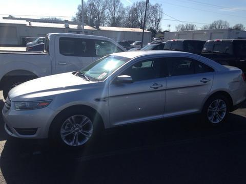 2013 Ford Taurus SEL Sedan for sale in Muscle Shoals for $17,553 with 28,373 miles.