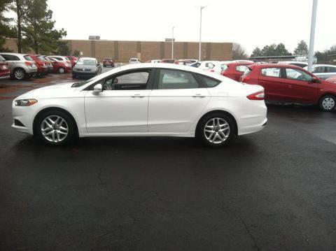 2014 Ford Fusion SE Sedan for sale in Muscle Shoals for $17,366 with 45,021 miles