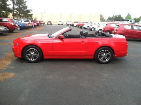 2014 Ford Mustang V6 Convertible for sale in Muscle Shoals for $24,886 with 32,634 miles