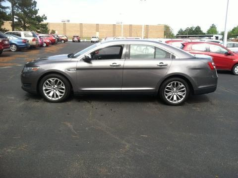 2013 Ford Taurus Limited Sedan for sale in Muscle Shoals for $19,988 with 49,965 miles