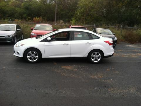 2014 Ford Focus SE Sedan for sale in Muscle Shoals for $13,997 with 11,549 miles.