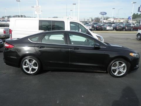 2014 Ford Fusion SE Sedan for sale in Muscle Shoals for $17,989 with 29,420 miles.
