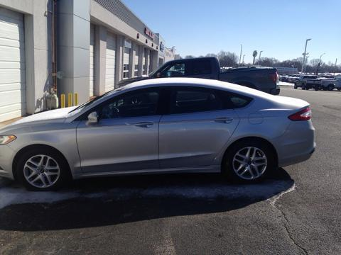 2014 Ford Fusion SE Sedan for sale in Muscle Shoals for $17,987 with 37,931 miles